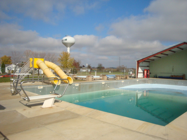 Meinerz Dairyland Swim Pool
